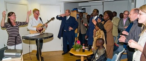 Robert Bwalya med zambisk team besøkte Oslokirken