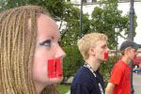 Norge Idag: Bønn mot abort utenfor Stortinget